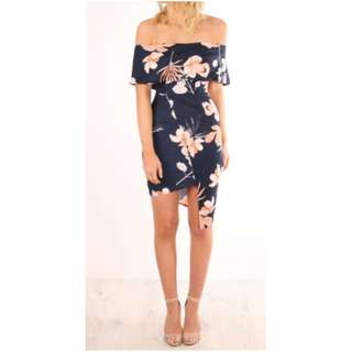Navy, floral off the shoulder dress AU size 8 (M)