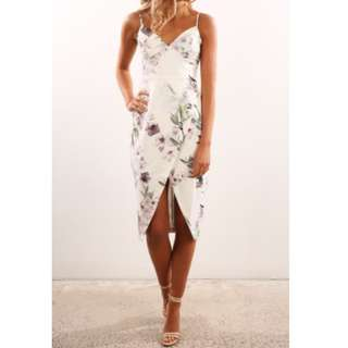 White floral v-neck dress