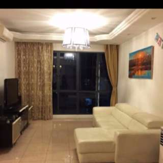 Best Condo big common Room for rent.Near MRT. foodcourt. Good location low price