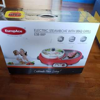Electric Steamboat With BBQ Grill