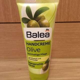 🚚 德國Balea 橄欖油護手霜100ml