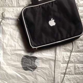 "MACBOOK 13"" LAPTOP BAG WITH DRAWSTRING US BOUGHT"