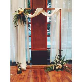 Bridal Floral Rustic Photo Frame Arch  Backdrop for Photosoot