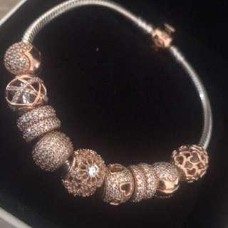 Beautiful brand new pandora bracelet!