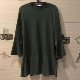 Zara魚尾傘狀洋裝 袖口開岔造型