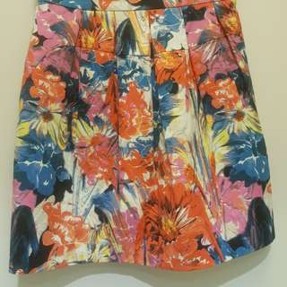 Marcs skirt size 6 brand new