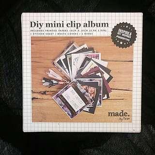 Typo DIY Mini Clip Photo Album