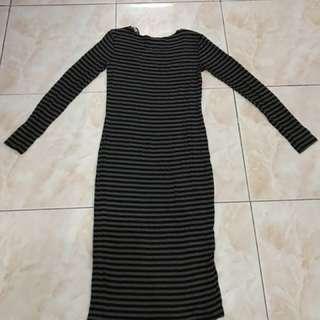 F21 long Stretch Dress