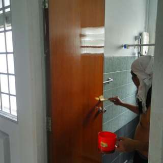 Door and furniture varnishing services..Pm for infos..