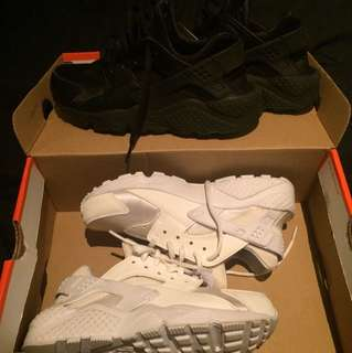 2 FOR 1 NIKE HUARACHES