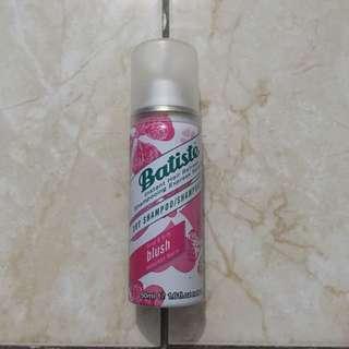 Batiste Dry Shampoo in 'blush'