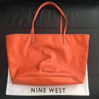 Tas tote santai nine west