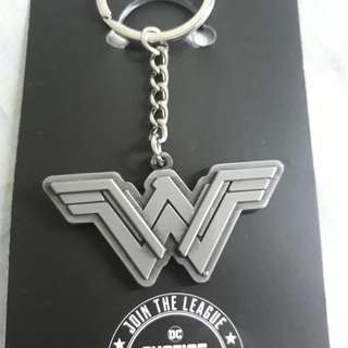gantungan kunci /keychain  wonderwoman justice leaugue limited