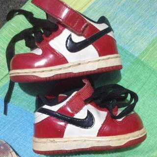 original pre-loved baby nike shoes.1time palang nagagamit.