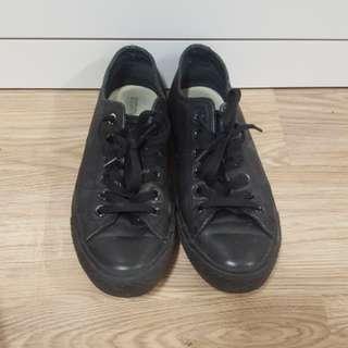 Converse Leather Black AUS8