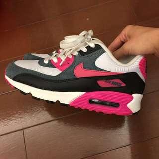 Nike Air Max 黑X桃