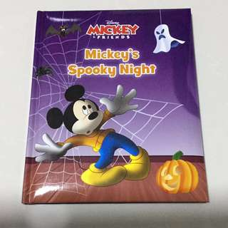 Mickey Mouse Book - Mickey's Spooky Night