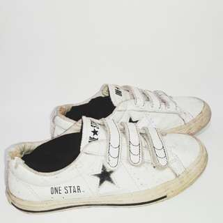 Authentic Converse One Star Velcro