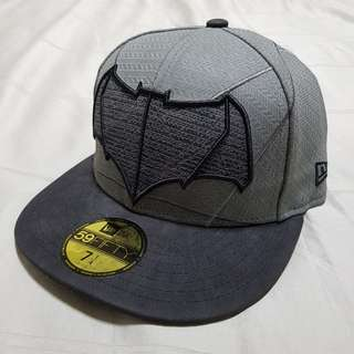 Lelong Sale: New Era 59Fifty x DC comics BVS Batman Official Cap