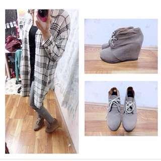 🚚 💗咖啡色踝靴