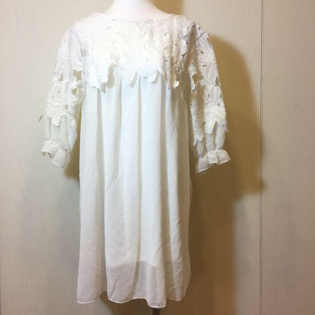 女裝 純白花洋裝
