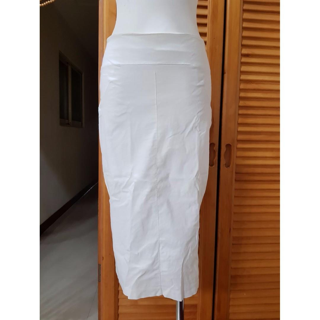 °☆ 珮齊精品舖 ☆° 2% 白色開叉窄裙