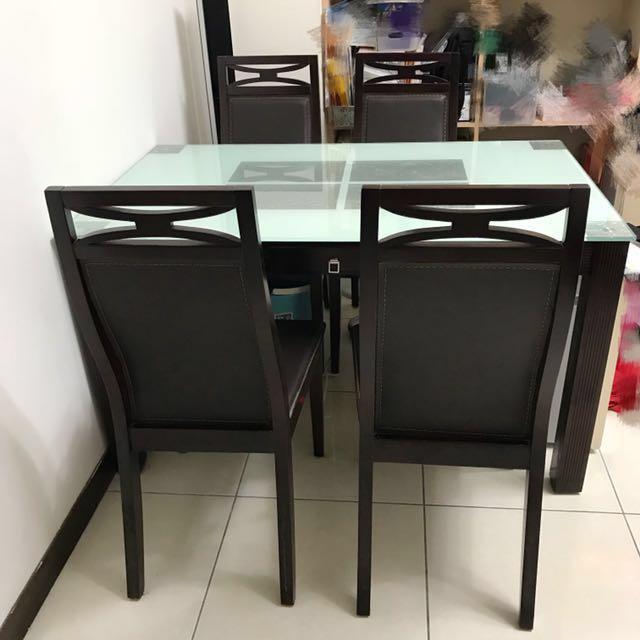 傢具 餐桌椅 餐桌X1、餐椅X4 九成五新 桌子 椅子