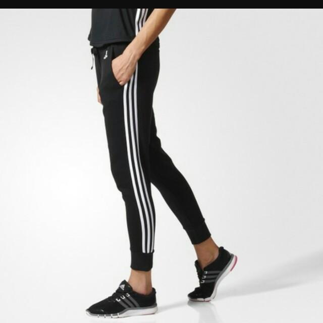Adidas 黑色銀三條線粉紅底百搭慢跑鞋球鞋
