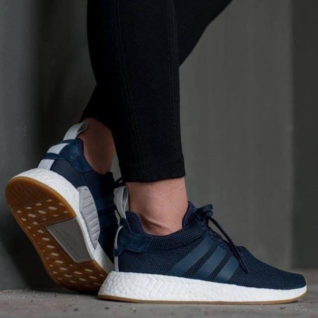 https://media.karousell.com/media/photos/products/2017/12/03/adidas_nmd_r2_legend_ink_blue_1512308762_05bddb31.jpg