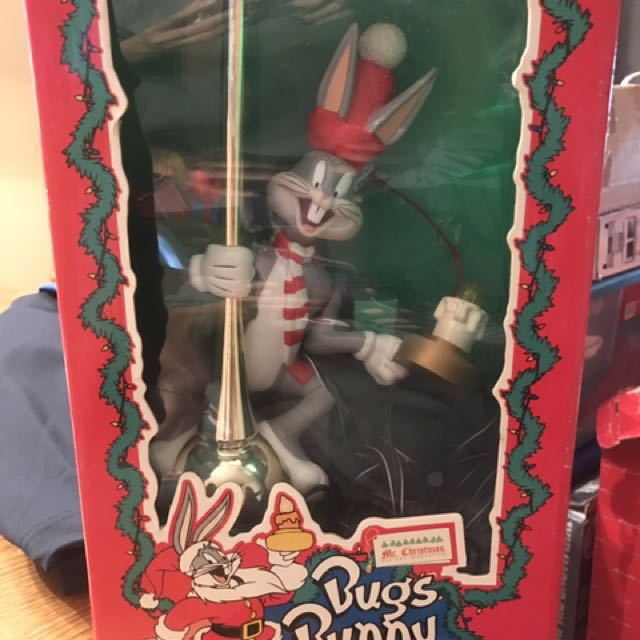 Animated Bugs Bunny lighted Tree Topper