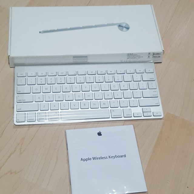 18e3cd40077 Apple Wireless Keyboard - Model MC184LL/B. Brand new and never been ...