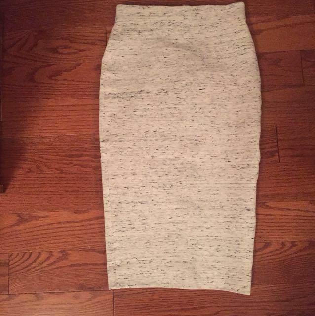 Aritzia wilfred liz skirt