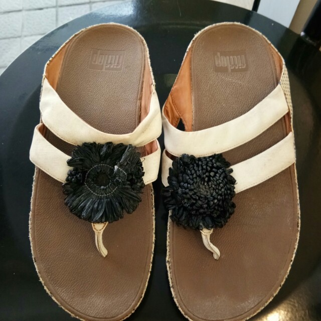 Authentic fitflop US7