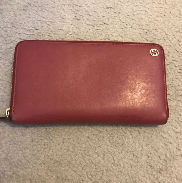 AUTHENTIC GUCCI BETTY SHANGAI WALLET