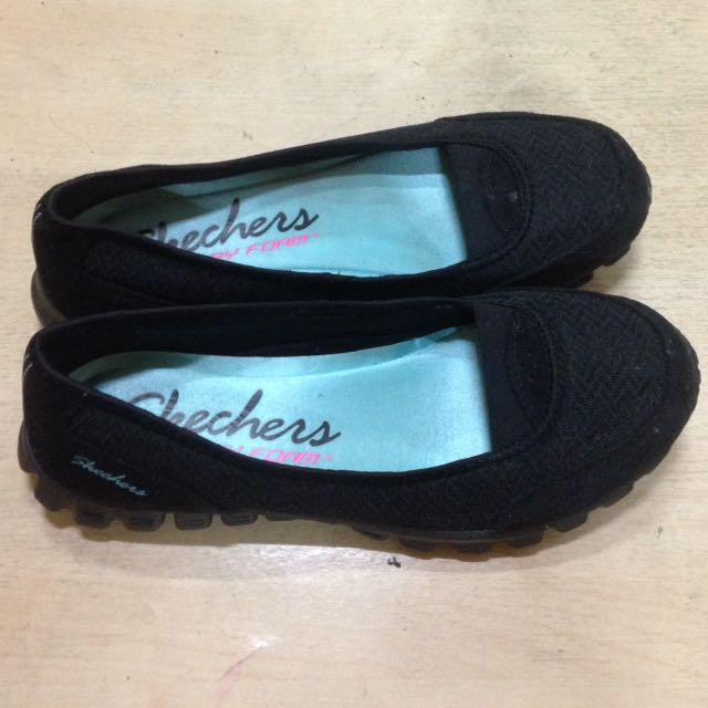 Authentic Skechers Memory Foam Flats