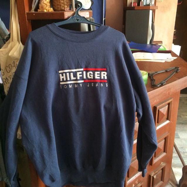 authentic tommy hilfiger sweater