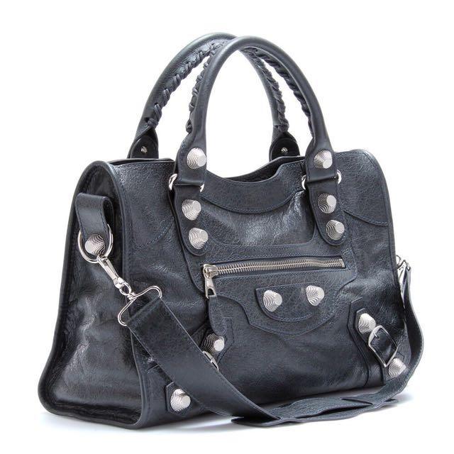 9ca204e164e Balenciaga Giant City Bag, Women's Fashion, Bags & Wallets on Carousell