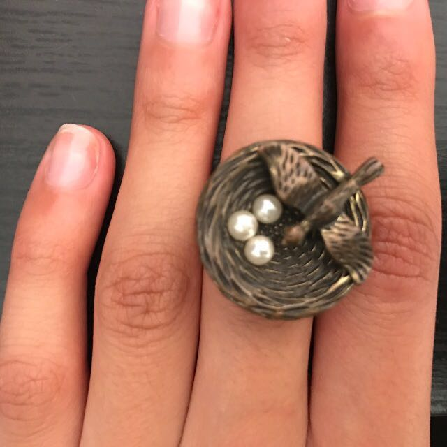 Bird, Nest and Pearl Eggs Ring Size S-M