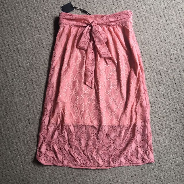 Brand new tokito lace skirt with bow size 6