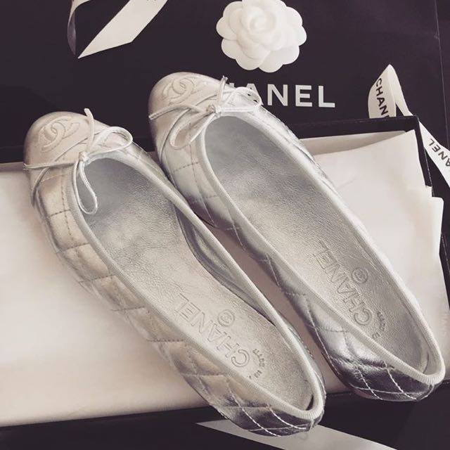 Chanel Quilted Ballet Flats in Silver