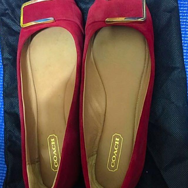 降—-Coach 紅色麂皮平底鞋6號