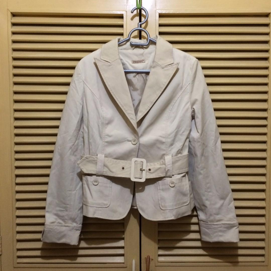 Cream-colored Coat with Belt - Medium-Large