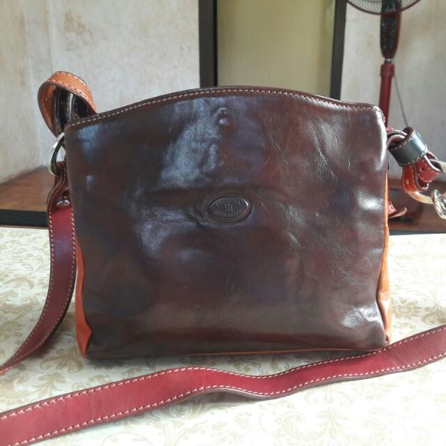 CUOIERIA FIORENTINA Made in Italy Genuine Leather Crossbody Bag