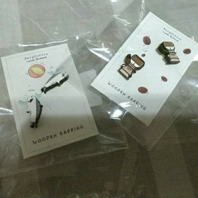 Cute wooden earrings