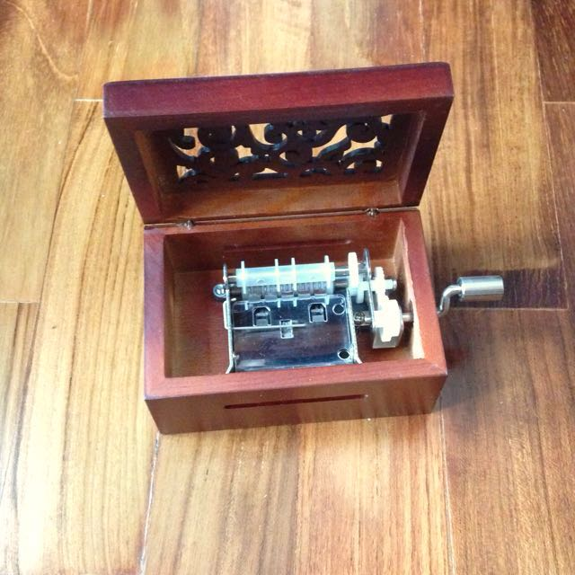 Diy classical wooden music box music & media music instruments on
