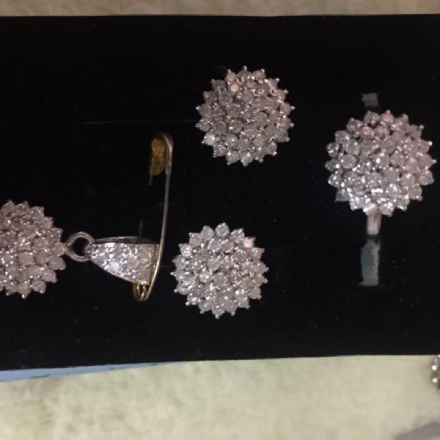 Flower design set diamond