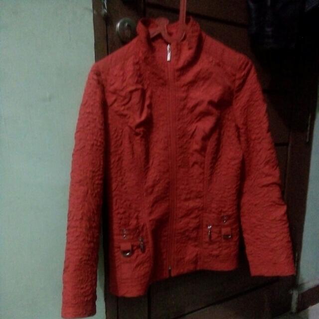 Jaket Bomber Merah