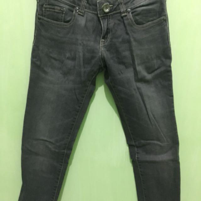 Jeans by Logo