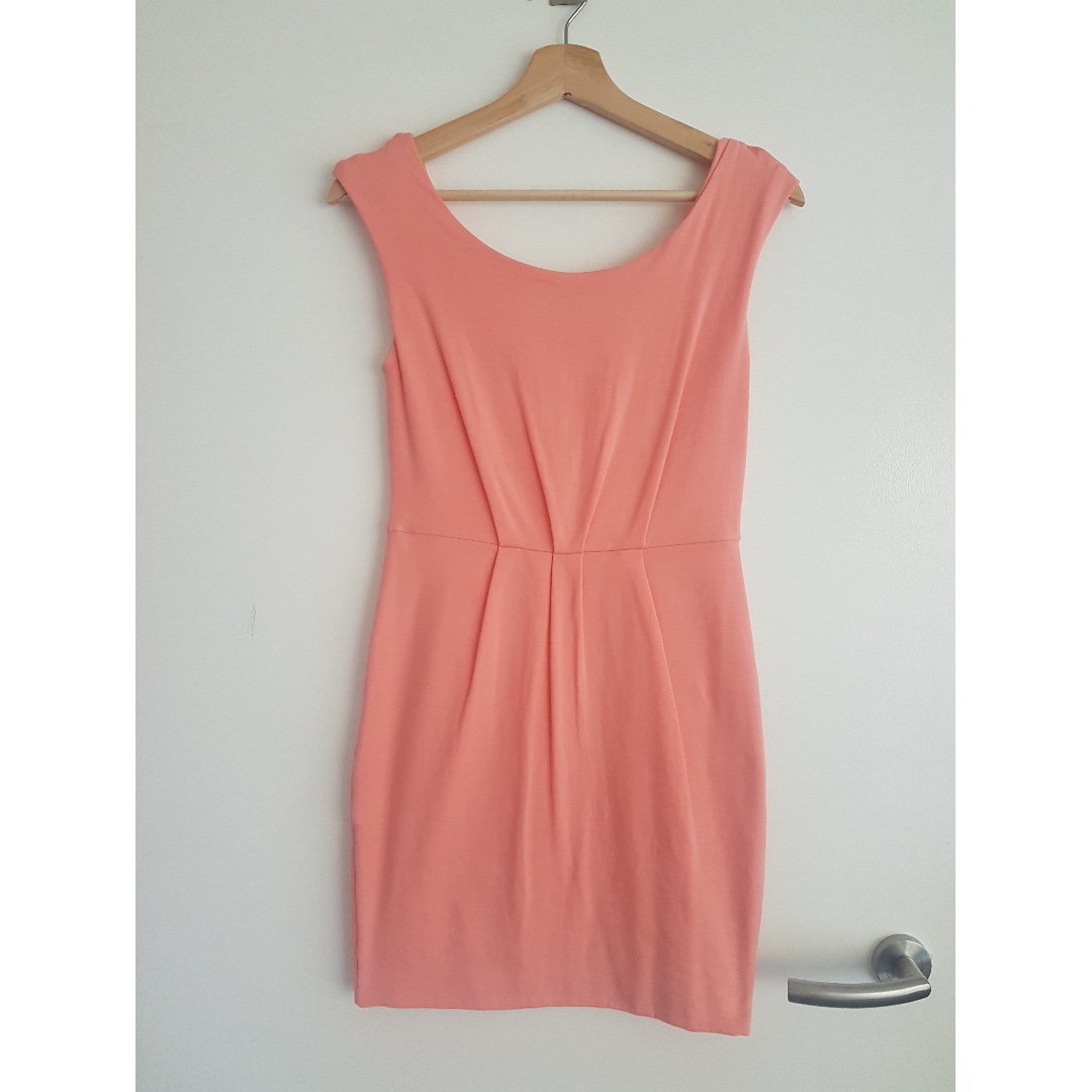 KOOKAI LADIES DRESS SIZE 2
