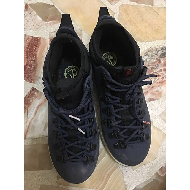 Native 登山防水鞋24.5 25